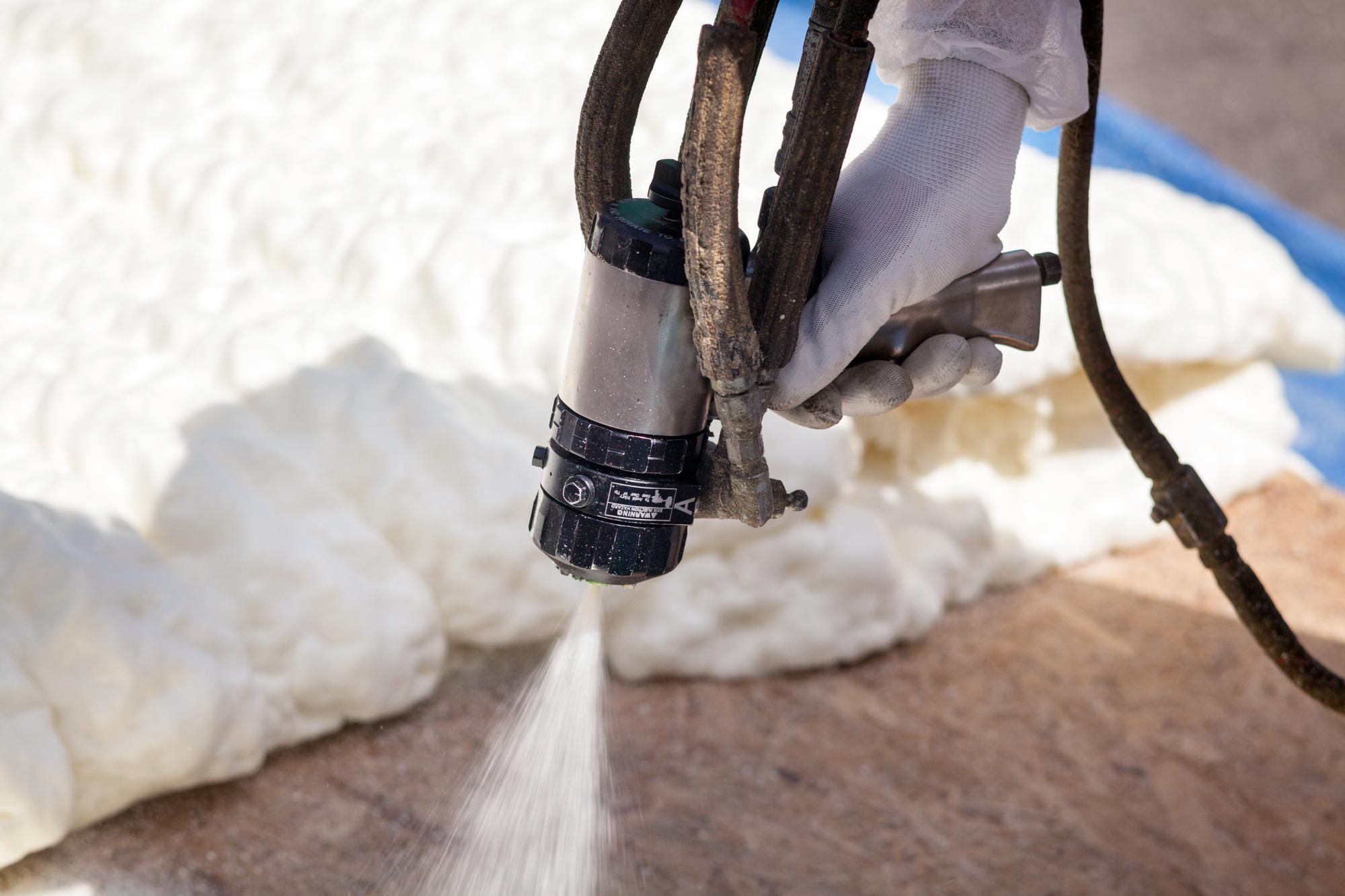 Dustless Sandblasting Vs Pressure Washing: Which is Best?