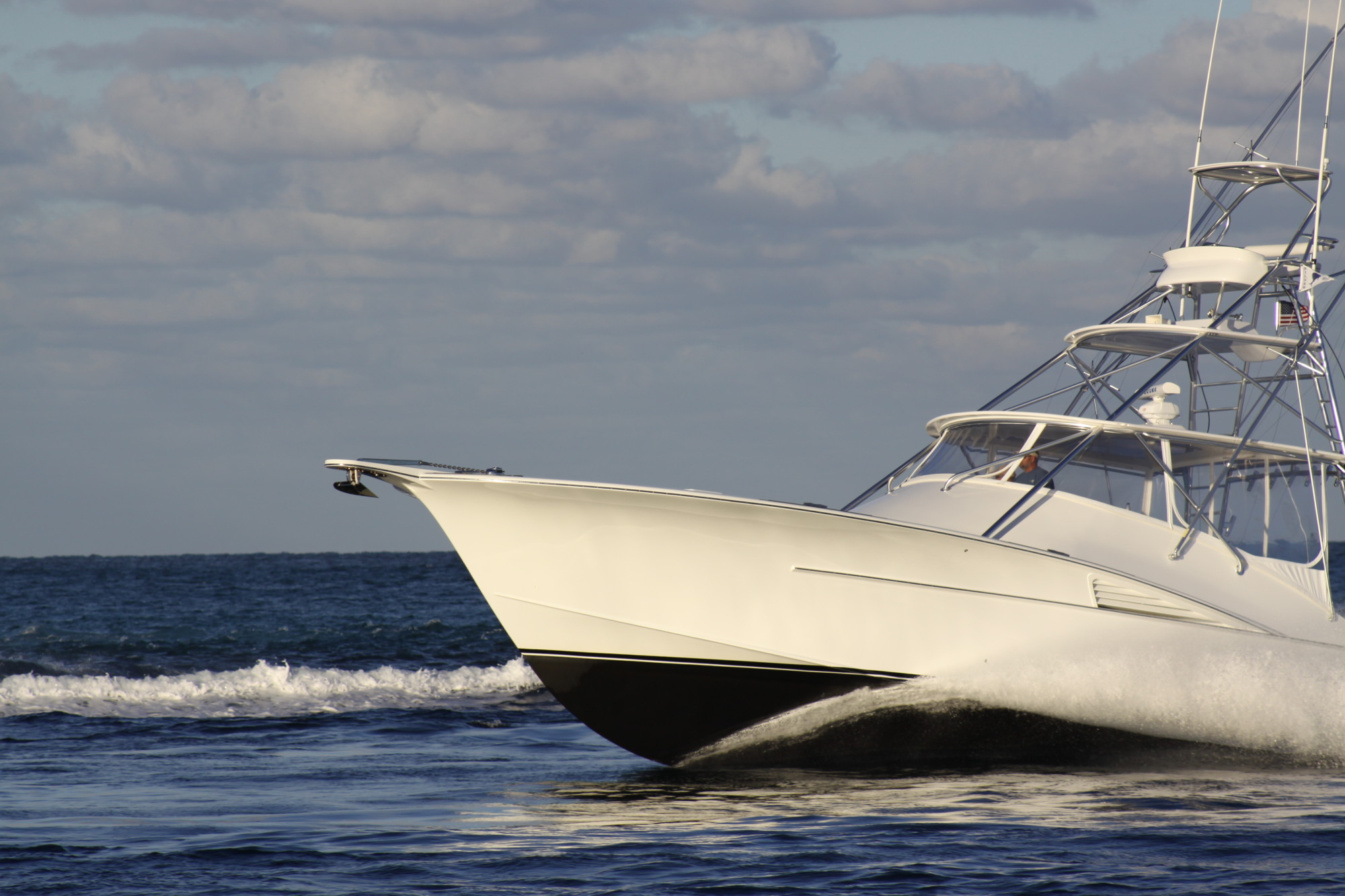 3 Reasons Why Marine Sandblasting Is Ideal for Boat Restoration